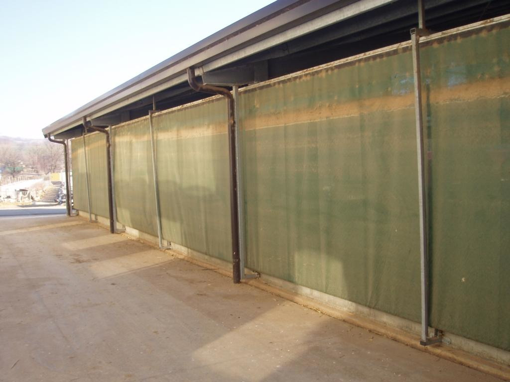 Automated Sidewalls Walls For Dairy Farms - 3/6